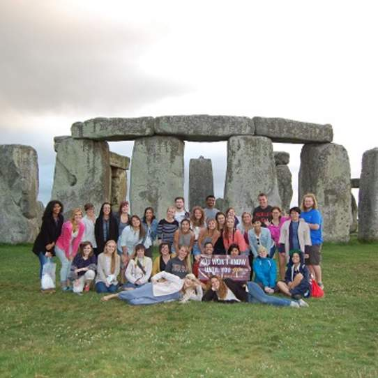Canterbury Study Abroad Students Summer 2015 Stonehenge