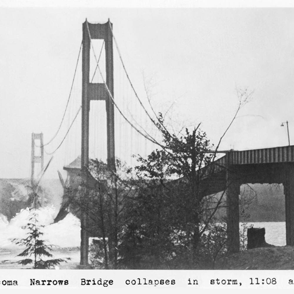 At about 11:08 a.m., the center span collapsed.
