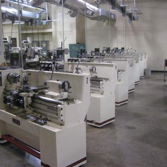 Image, manual lathes.