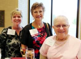 Donors enjoy the Endowment Reception.